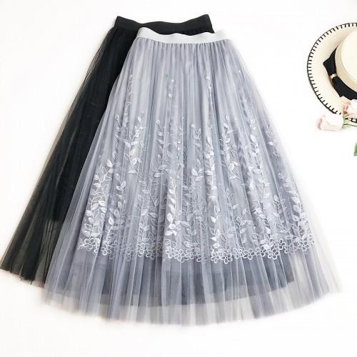刺繡輕紗半截裙